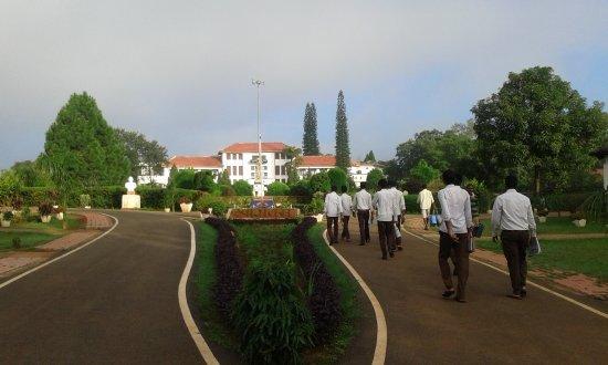 Hotel Prabhat Vihar: Netarhat Residential School