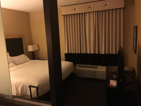 Holiday Inn Boise Airport: photo1.jpg