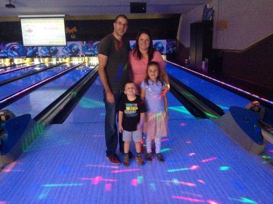 St. Catharines, Kanada: Calone family visit....