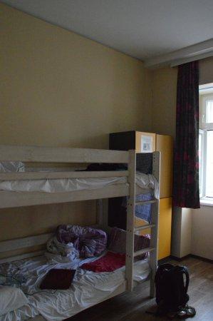 "wombats CITY HOSTEL Vienna ""THE NASCHMARKT"": 4-bed mixed dorm"