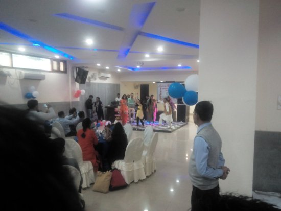 Baddi, India: Marriage Party