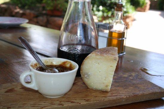 Figari, Francia: Fromage Corse et sa confiture de figues