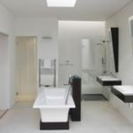Dunkley House State Of The Art Bathrooms