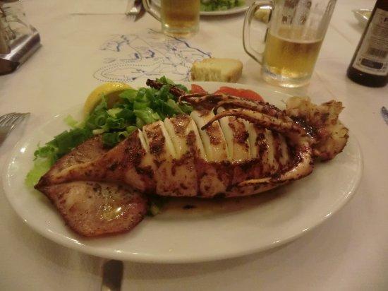 Karterádhos, Grecja: calamaro ripieno