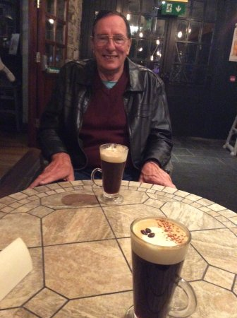 Leixlip, Irland: Quiet nook and the best Irish Coffee in the universe