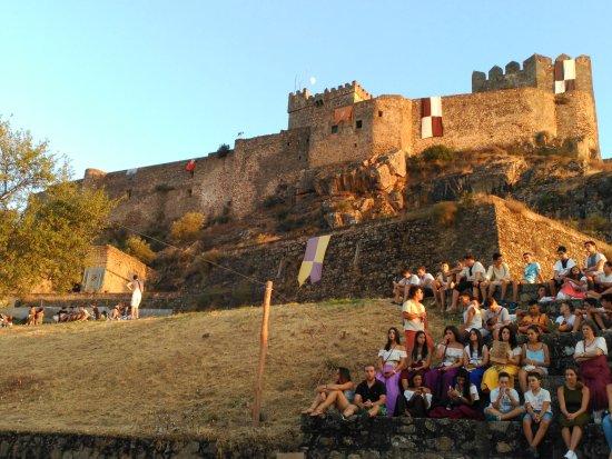 Alburquerque, Spanyol: castillo de luna, dia de feria medieval