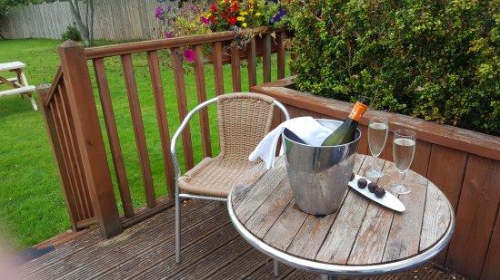 Boat of Garten, UK: wine & chocolates on the deck