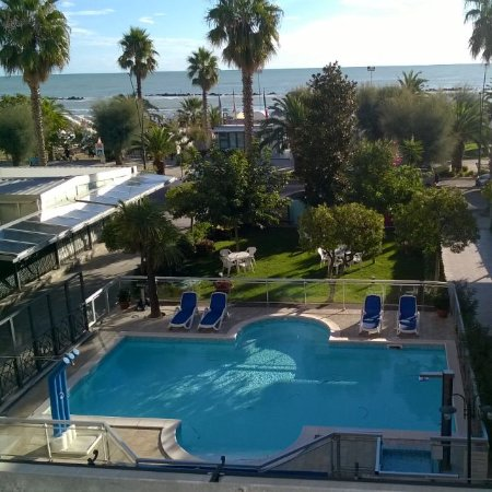Hotel Smeraldo San Benedetto