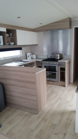 Prestige (Newer Model) Kitchen - Picture of Marton Mere Holiday Park ...