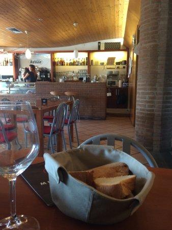 Azzano Decimo, Italia: Zona bar
