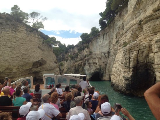 Motobarca Desirèe Grotte Marine di Vieste