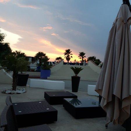 NIRVANA Club Village: Vista dal bar