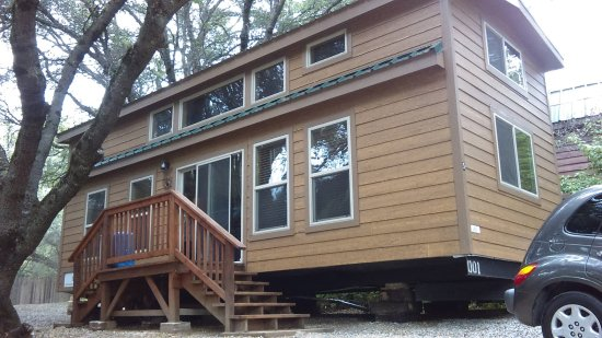 Columbia, Californie : The large cabin sleeps 8