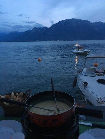 La Tour-de-Peilz, Suiza: une délicieuse fondue