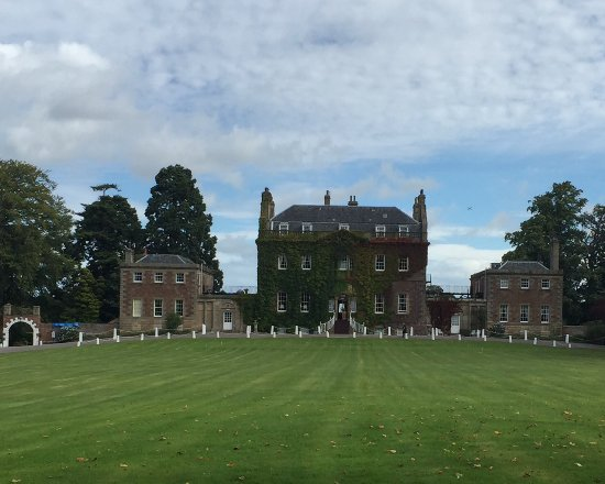 Culloden House: From the gate