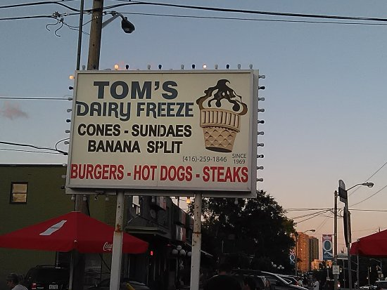 Photo of Fast Food Restaurant Toms Dairy Freeze at 630 The Queensway, Toronto M8Y 1K5, Canada