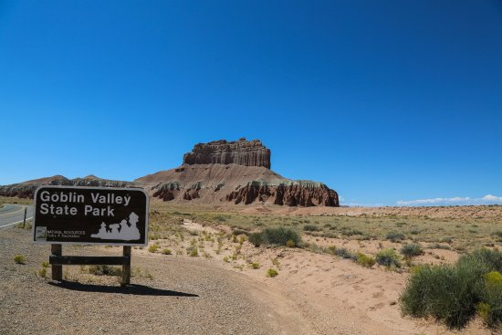 entrance of Goblin Valley State Park
