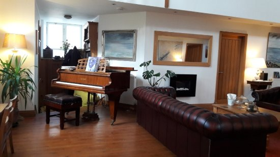 The Old Church, Horncliffe: Guest area where you can play a baby grand.