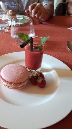 Herepian, Франция: macaron, sorbet ....