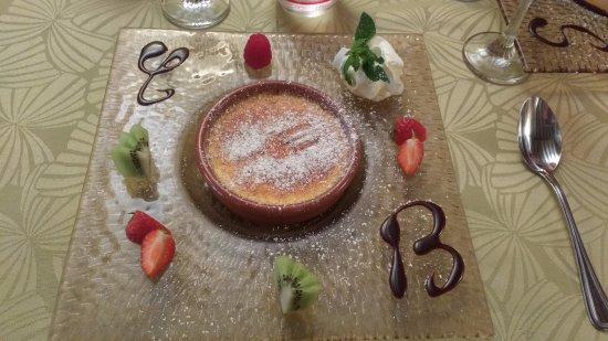 Margon, Francia: Crème brûlée