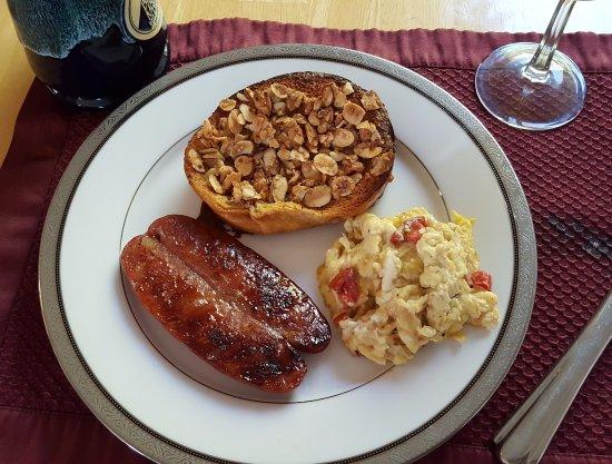 Blue Mountain Bed & Breakfast: Breakfast Day 2