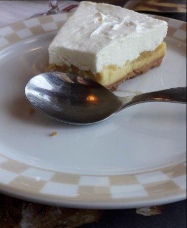 Peronnas, Frankrike: tarte au citron revisitée au mascarpone