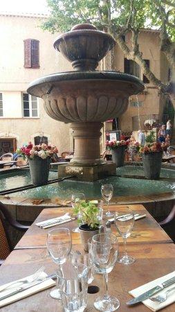 Seillans, Frankreich: 20160913_120614_large.jpg