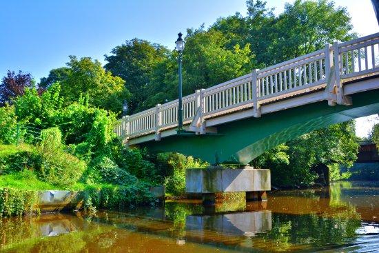 Otterndorf, Alemania: Brücke über die Medem