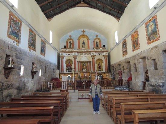 Huaytara, Perù: Una vista panoramica del interior del Palacio Inca, convertido en templo católico