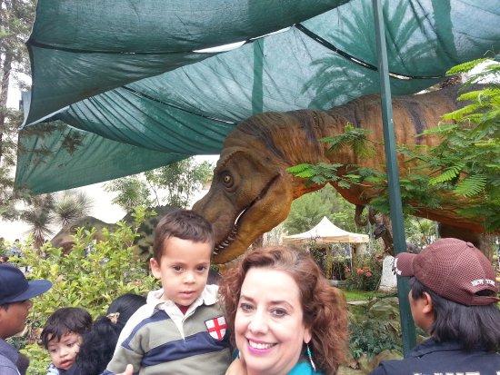 Bosque Venustiano Carranza: Museo exposición de dinosaurios