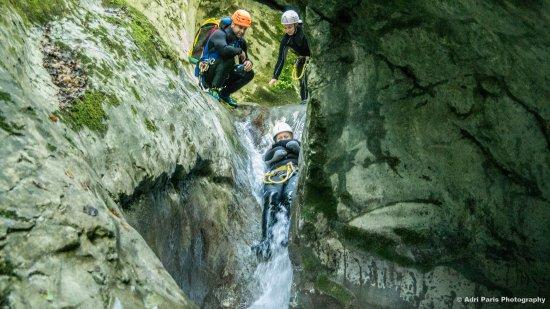 Meylan, Frankrijk: Tobbogans et eau fraiche