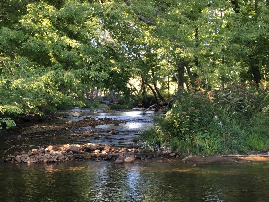 RiverWood Inn: photo0.jpg