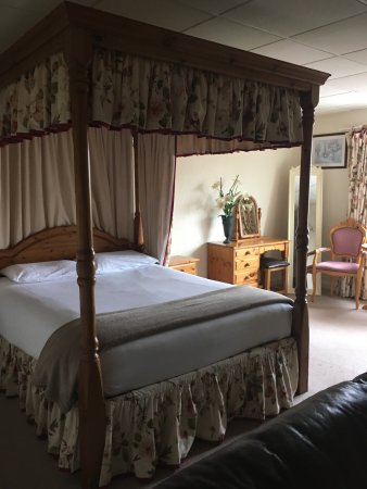 The Oliver Cromwell Hotel Photo
