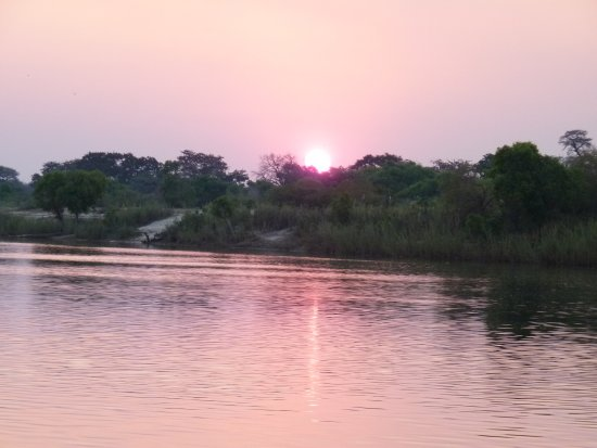 Katima Mulilo, Namibië: Abendstimmung am Sambesi