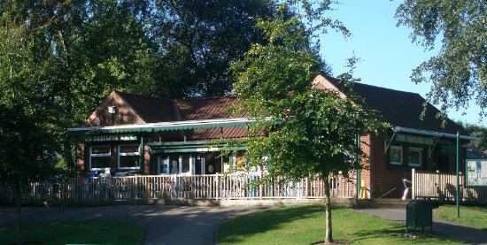 Chadderton, UK: The Pavilion Cafe