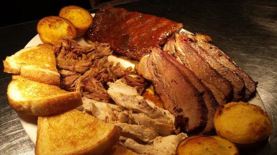 Maryville, Τενεσί: Our family feast