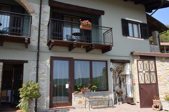 Cerretto Langhe, Italia: photo2.jpg
