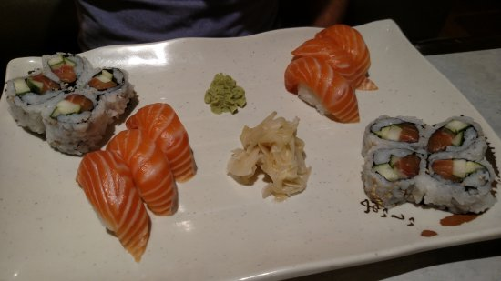 Photo of Japanese Restaurant Big Sushi at 388 Bloor St W, Toronto M5S 1X4, Canada