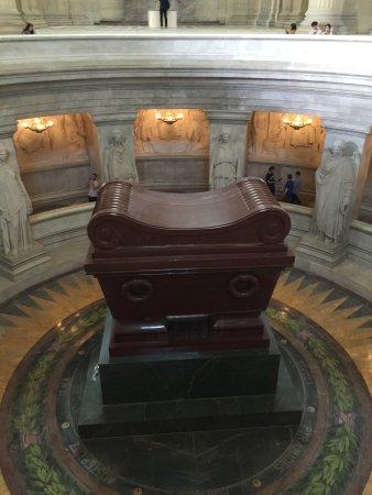 Eglise du Dome: Tomb of Napolion