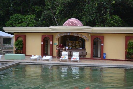 El Tucano Resort & Thermal Spa: Piscina de agua termal del hotel