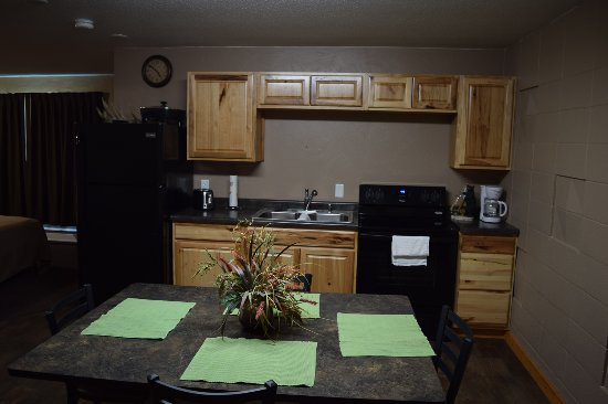 Webster, SD: Suite with full kitchen