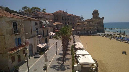 vista balcone o terrazzo - Picture of Palazzo Iaquinto, Santa Maria ...