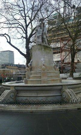 프리미어 인 런던 레스터 스퀘어 사진
