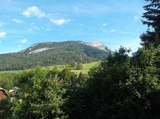 Aillon-le-Jeune, ฝรั่งเศส: vue magnifique
