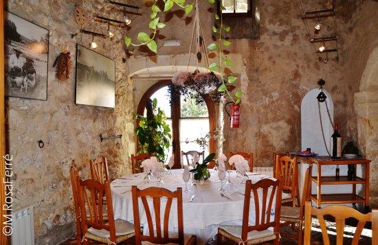 Moli Den Pau: Interior Del Restaurante Moli Du0027en Pau De Sineu, Mallorca