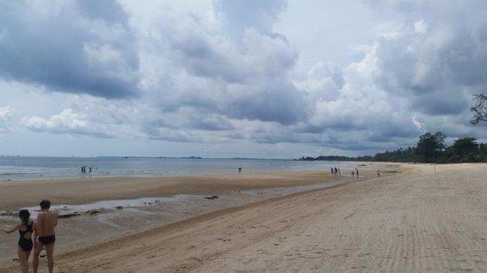 Bintan Lagoon Resort: Beach Area