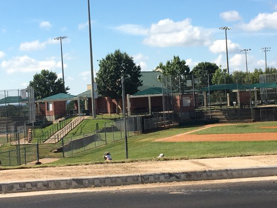 Faulkner Park Tyler 2018 All You Need To Know Before