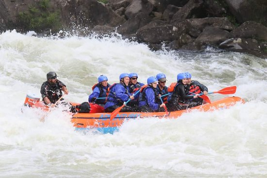 Lansing, Virginia Occidentale: Upper Gauley 2016, guide Shannon Highlander