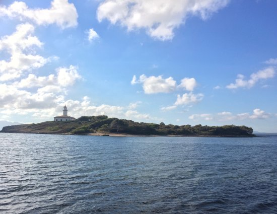 Playa de Aucanada: Blick auf den kleinen Leuchtturm