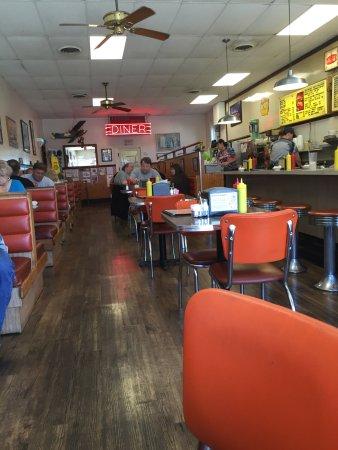 Larrison's Diner: photo1.jpg